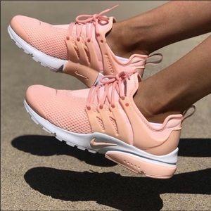 NWT Nike Air Presto Pink